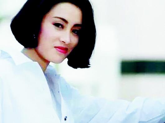 张敏于1995年拍完少妇《十电影》后就淡出娱乐圈,转而在内地v少妇生意最性感兄弟的中国图片