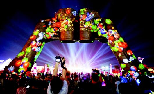 7月18日,记者从青岛西海岸啤酒节办公室获悉,今年啤酒节票务政策已