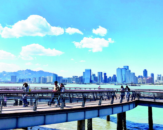 以青岛总部为核心,下设潍坊,临沂,日照,烟台,东营,威海6个城市公司,从
